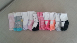 10 Pairs of Girls 12-18 month Children's Place socks