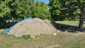 Free unscreened top soil