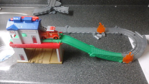 Thomas the train - Sodor search and rescue fire station