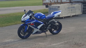 **SOLD** 2008 GSX-R 600 (SHOWROOM SHAPE) **Financing Available**