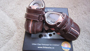 NEW Baby Soles girls leather shoes 0-3 months