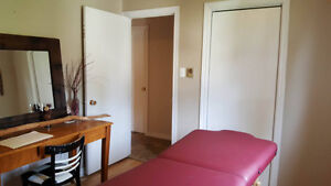 Bedroom for rent in a duplex -or 2 bedrooms for $575