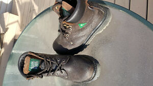 Ladies CSA  steel toe work boots