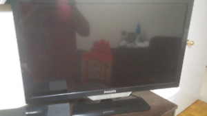 "Philips 32"" 1080p OLED TV"