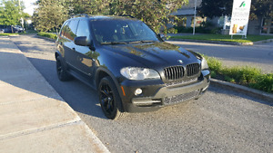 BMW X5 2007 4.8 7PASSAGER DVD 11999$