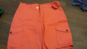 size 34 men's shorts tags attached
