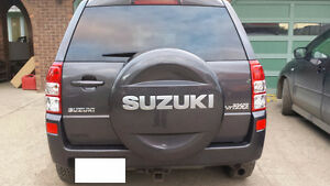 2010 Suzuki Grand Vitara,very clean no accident,car fax,single