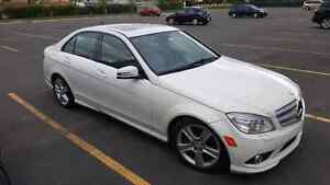 Mercedes-Benz C300 4matic 2010 blanche 149500 km