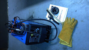 Mastercraft MIG/FLUX-CORE WIRE FEED WELDER KIT  Favourite Peterborough Peterborough Area image 1