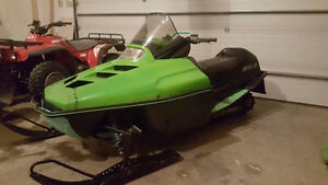 Arctic Cat 550- looking for interesting trades!