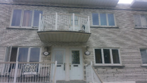 5 1/2 for rent in Lasalle