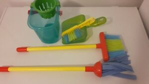 Kids toy broom set