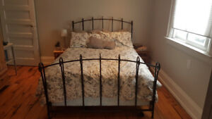 Beautiful wrought iron bed - double