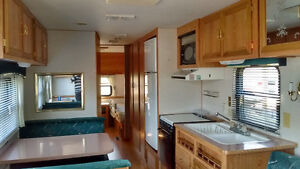 Terry Resort 35' trailer excellent condition