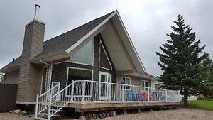 All Season Cabin, Turn Key Iroquois Lake, Pelican Cove