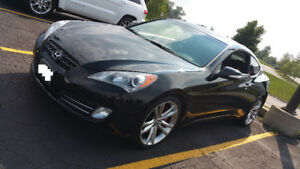 MUST GO LOW KM 2011 Hyundai Genesis Coupe 3.8GT Coupe (2 door)