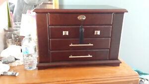 large mahogany jewelry box