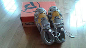 Propet Women's Discovery Shoe -Brand New