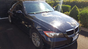 2008 BMW 323I*** LOW KM*** GREAT CONDITION** MUST BE SOLD