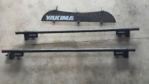 Yakima Roof Racks with windshield