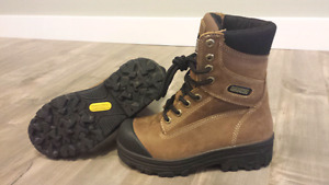 Women's steel toe boot