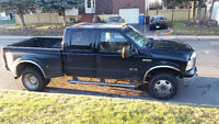2005 Ford F-350 Lariat roue double
