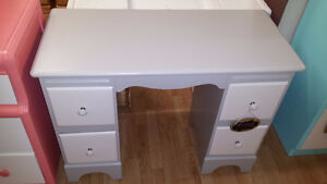 3 professionally painted desks.$ 129 each Kitchener / Waterloo Kitchener Area image 2