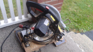 Mitre Saw $25. Firm Works Good