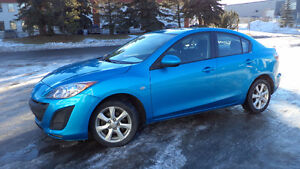 10 Mazda3 - auto - 4dr - LOADED - MAGS - A/C -  175,000KMS