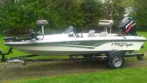 Immaculate Pro Craft Fishing machine loaded with options