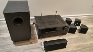 Onkyo TX-NR555 A/V Receiver + 5 Pioneer speakers + subwoofer