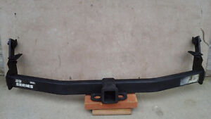 8900 Series Hidden Hitch for Ford Explorer