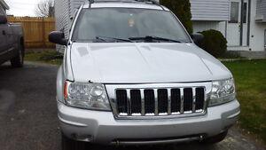2004 Jeep Grand Cherokee SUV, Crossover