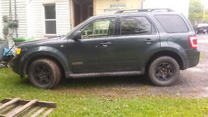 '08 Ford Escape XLT 3.0L v6 FULLY LOADED