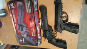 2 co2 pellet/bb guns vigilante pellet/bb  and other one