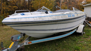 1992 Thompson Boat with trailer - Need gone!