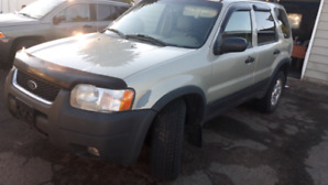 2004 Ford Escape 4x4 Leather Seats