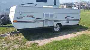 2000 Jayco pop up camper great condition