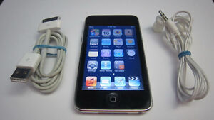 Apple iPod touch 2nd gen 8GB mp3 media player