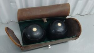 Set of 2 pieces R.G Lawrie Glasgow 1931 Lawn Bowls, Size 5 1/16""