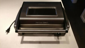 Indoor BBQ Hamilton-Beach 25361C Stainless Steel 65$ Negotiable