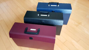 1 Left! Accordian File Folder With Handle and Latch: Burgundy