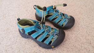 Keen sandals child size 11 London Ontario image 1