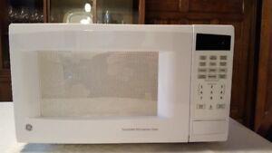 Microwave -- GE 1500W