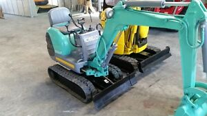KOBELCO SK007 with mechanical thumb Excellent condition!