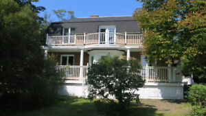 Canning - unique solid 5 bedroom  home on 3/4 acre lot