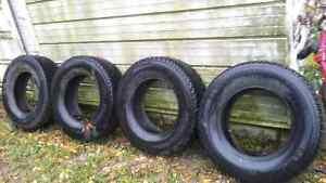 LT 275/70 R18 Still new! Truck tires only 20K on them