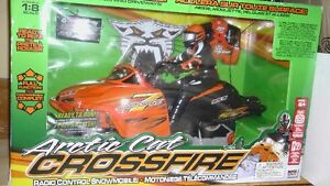 RC SNOWMOBILE -  ARCTIC CAT CROSSFIRE 7 - BRAND NEW