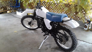 Vintage 1977 Yamaha IT175 2 stroke 6 speed , lots of new parts