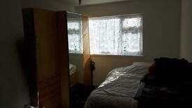 Double bedroom to rent for £250 pm